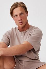 Hnedé tričko Henley