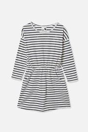 Dievčenské šaty Sigrids