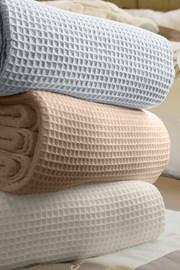 Luxusná prikrývka na posteľ Siesta béžová