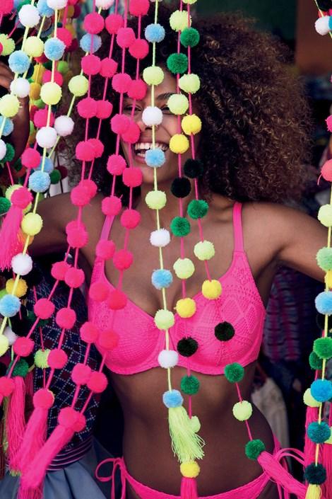 fea48002a591 Horný diel dámskych plaviek Freya Sundance vystužené s kosticami. ‹ ›