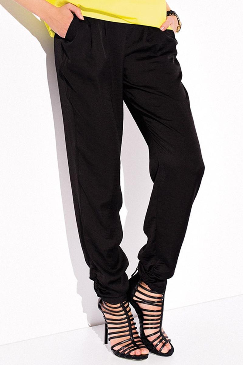 80a9b31cee06 Luxusné saténové nohavice Solaris