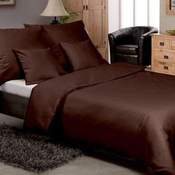 Jednofarebné saténové obliečky hnedé